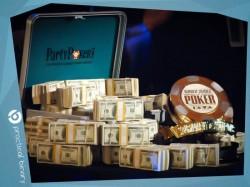 poker-na-dengi